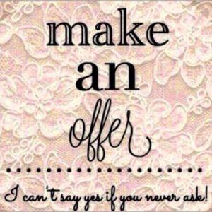 Other - MAKE AN OFFER! 😀✨
